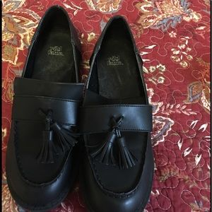 Shoes - Wild Fable Black Tassle Loafers - Size 7